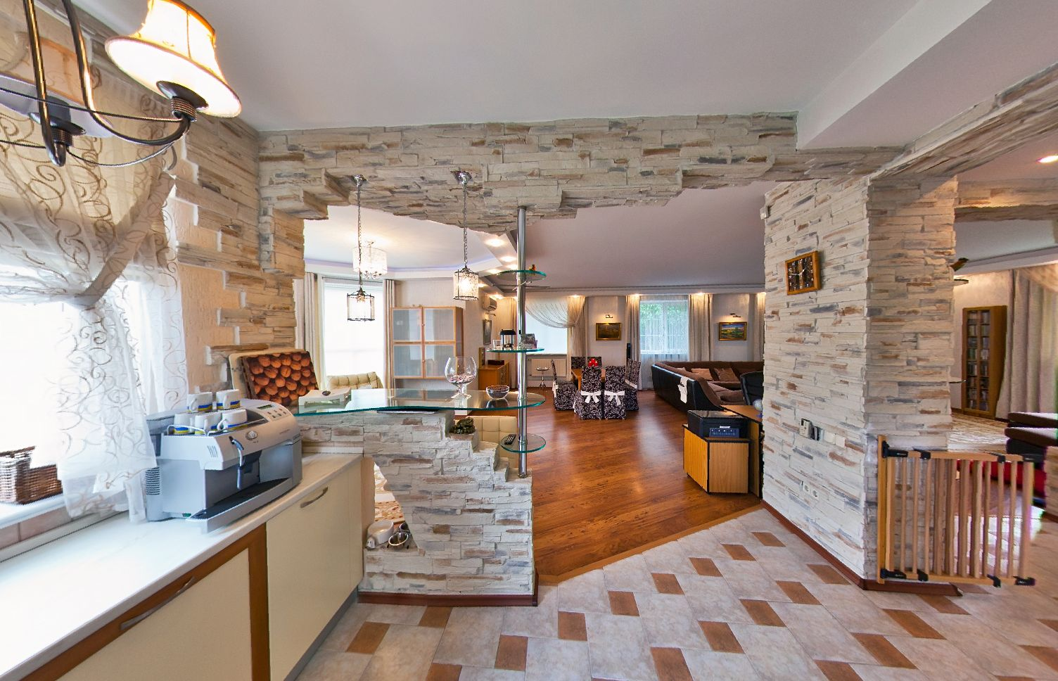 Купить дом в Анапе - кухня 22