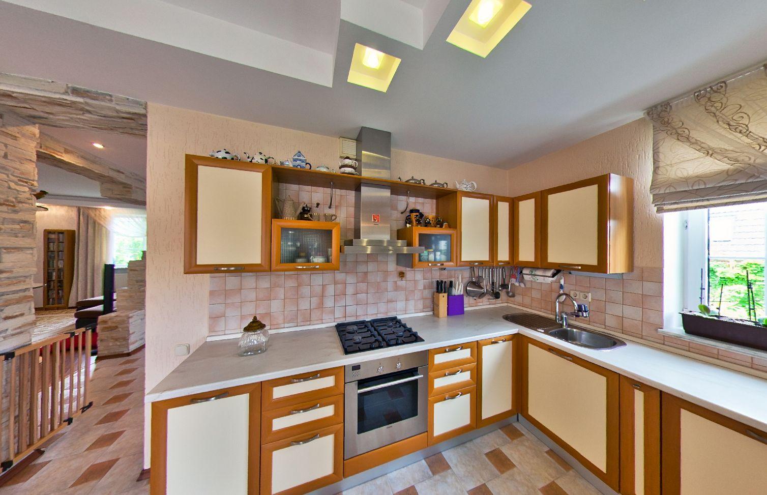 Купить дом в Анапе - кухня 512