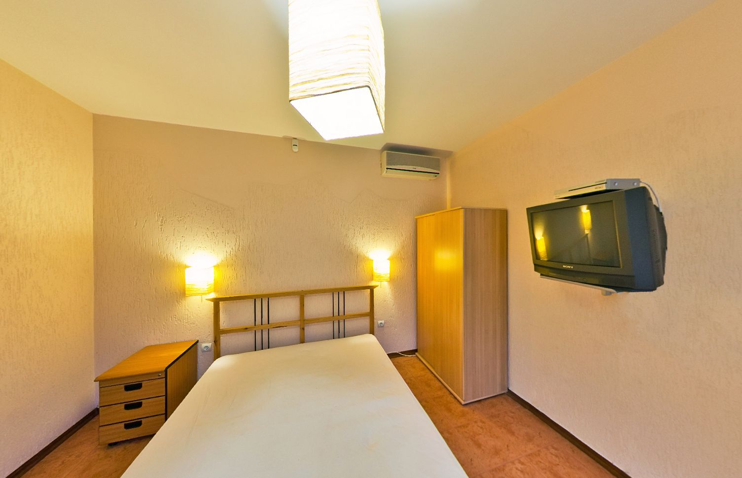 Купить дом в Анапе - спальня 51
