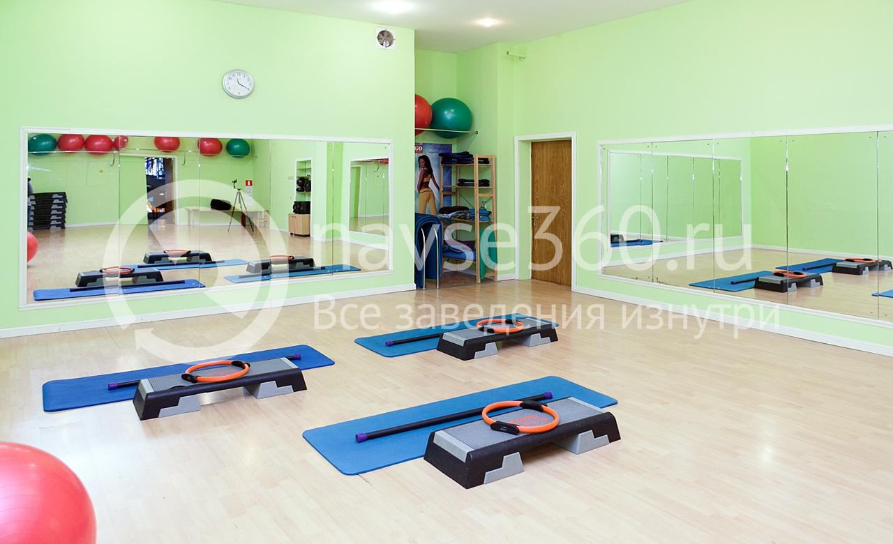 фитнес зал в Молодежном