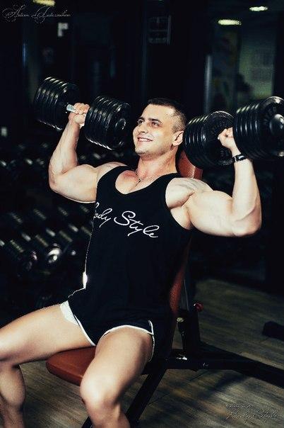 Тренажерный зал в фитнес-клубе Body Style