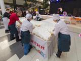 Масленица в МЕГЕ, самый большой блинный торт в России