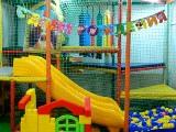 Бэбилэнд, детский клуб