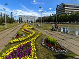 Площадь Азатлык