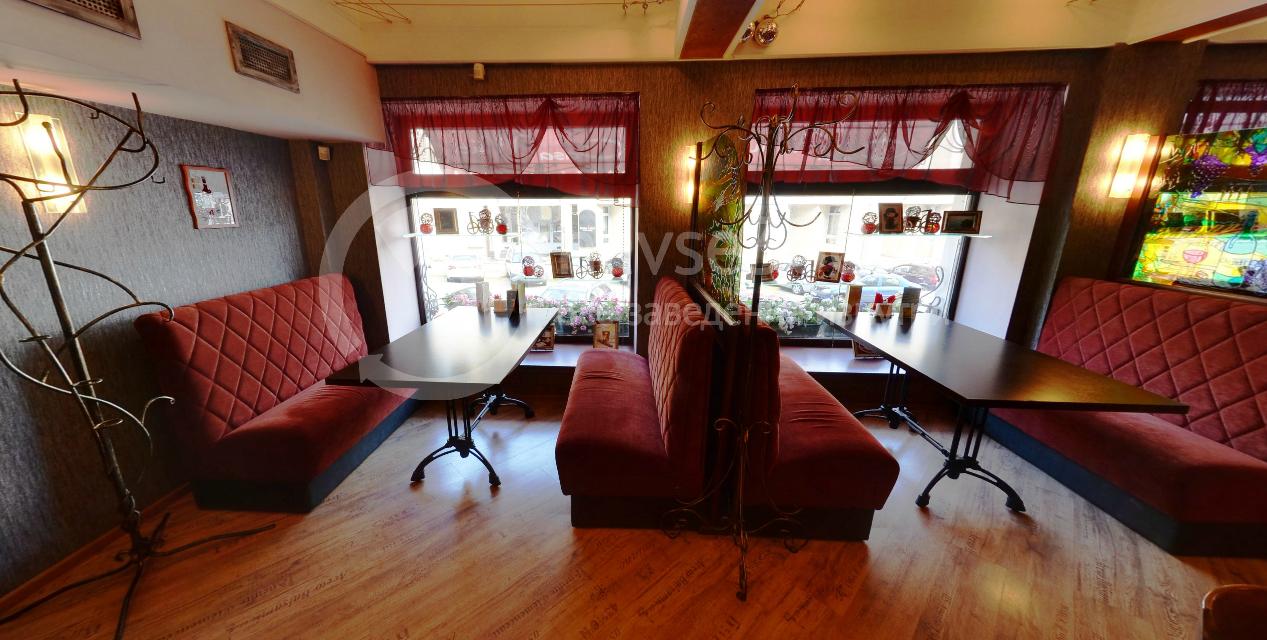 Главный зал ресторана Casa Mia