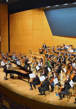 Моцарт. «Реквием» для солистов, хора и оркестра