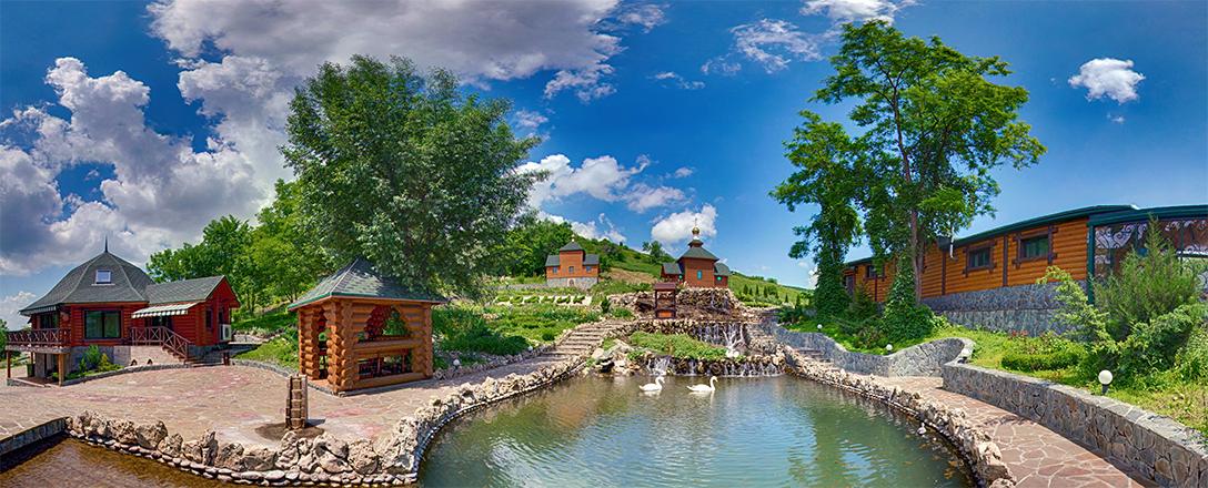 Парк Родник, развлекательно-гостиничный комплекс
