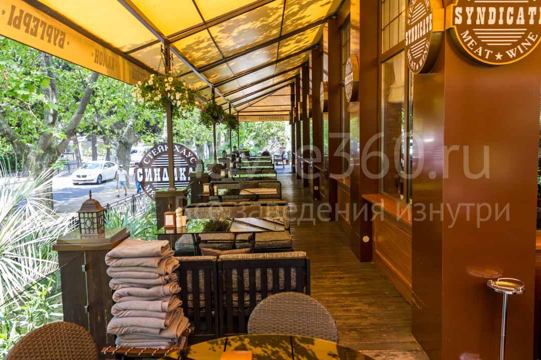 Терраса ресторана Синдикат в Сочи 5